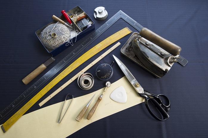 オーダースーツの採寸に使う道具